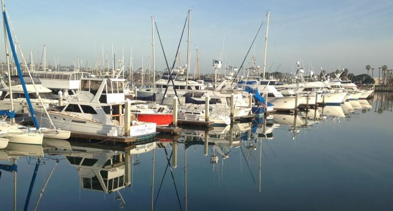 M m yacht repair and sales san diego boat repairthere for Outboard motor repair san diego